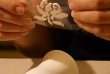 объемный рельеф на неровной поверхности