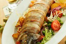 Fische und Meeresfrüchte / Gesunde und leicht bekömmliche Rezepte für Fisch und Meeresfrüchte. Eine Auswahl an Gerichte mit Süßwasserfische, Meeresfische und Meeresfrüchte wie Muscheln, Garnelen, Tintenfische, Calamari, Schrimps oder Hummer.