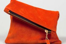 The Handheld Clutch / by Fashion LoveStruck