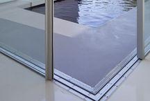 Exterior de la vivienda / Puertas, ventanas y cerramientos integradas en espacios exteriores de la vivienda.