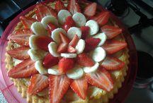rendiamoci la vita un po' più dolce (alla frutta) / Torte e dolci con frutta fai da me