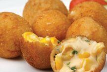 Snacks / Corn cheese balls