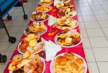 Karácsonyi ünnepség a Pomázi Karitász Házban! / A mai napon a Holdvilág-árok Országjáró És Kulturális Egyesület, Pomáz - megtartotta karácsonyi ünnepségét a Pomázi Karitász Házban.  A rendezvényen az egyesület kórusa karácsonyi dalokkal kedveskedett a megjelenő érdeklődőknek és egy szép betlehemi előadást is láthattunk.  Köszönjük! Áldott Békés Karácsonyt!