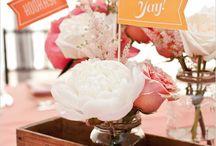 Peach Wedding Inspiration / Pretty peachy wedding inspiration!