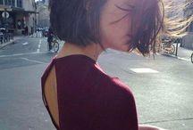 Hair (short bob)