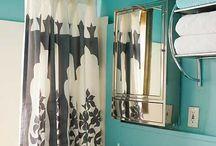 upstairs bathroom / by Dianna Suarez