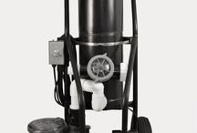 Portable Pool Vacuums / Great for Cleaning Commercial Pools or Pool Maintenance Pros