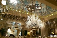 New Year's Eve Balloon Drops & Decor / When you think New Year's Eve it is likely you think balloon drops. Have you thought about doing a ceiling fill for a more elegant look? An exploding balloon full of confetti and smaller balloons perhaps? Maybe just a few bouquets instead? Here are some examples we've done in the past.  Want more? Visit www.balloonsbytommy.com