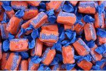 Orange Candy Buffet / Celebrating something orange??? Why not celebrate with an orange candy buffet???
