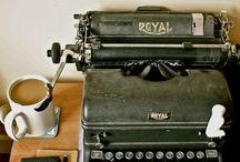Ooo... typewriters... I need them all!!!