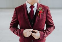Cranberry, Wine and Deep Jeweled Red Tones Wedding Inspiration / Inspiration for a rich and romantic red toned wedding | Cranberry, wine and jewel toned reds