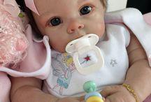 Bebeluș din silicon