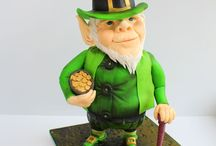Top St. Patrick's Day Cakes / Enjoy the luck of the Irish with these festive St. Patrick's Day Cakes. Get inspiration from shamrock wedding cakes, to green leprechaun and pots of gold cupcakes, cookies and cake-pops. From Four Leaf Lucky Clover Birthday Cakes, to Beautiful Celtic wedd #st-patricks-day #shamrock #green #lucky #irish #paddy #stpaddys #leprechaun #pot-of-gold #cakecentral
