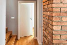 drzwi listwy podłogi
