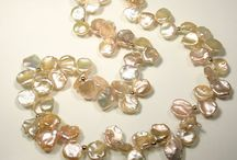 Pearl Jewelry / Classic and elegant as the body of water they come from, pearls never go out of style. Follow this board to see fabulous pearl jewelry, or visit our website www.harvestgoldgallery.com for more info!
