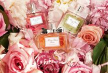 Fragrances We Love / With so many fragrances to choose from out there a person can feel truly unpleasant and frustrated about choosing one. We provide you with information about fragrances notes, so you can find today the fragrance that makes you happy!