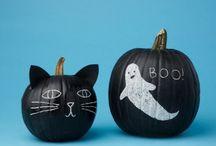 Halloween Helloweenie / All things cool this Halloween