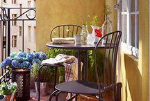Trouvailles Pinterest: Table bistrot / Chaque vendredi, nous vous présenterons ce qui nous a inspiré dans le monde fabuleux de Pinterest durant la semaine. Chronique sur un thème précis présentée par la photographe Marie-Claude Viola.