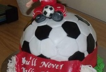 LFC Cakes / A collection of fantastically decorated and designed Liverpool Football Club themed cakes and cupcakes that we've found on the web. Have we picked out your wedding or birthday cake?