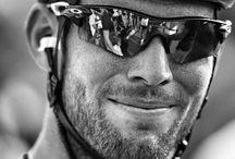 Pro Cycling Black & White