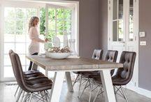 Eetkamertafels en stoelen