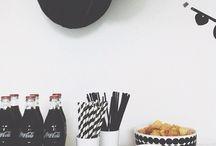 Black & White Party / Schwarz-weiß-Partymotto, Mottoparty, Partydekoration, Motto-Party, Tischdekoration, Einladungen, Mitgebsel