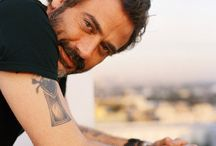 I want you, you, you, Jeffrey Dean Morgan!