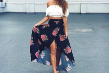 Skirts Outfits / High Waisted Skirt Outfits or Pencil Skirt Outfits For Women.