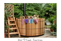 Tubs 'n Tails / Pets who love their owner's hot tubs
