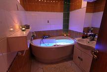 De Luxe pokoj / Přijďte si odpočnout do naší privátní vířivky v novém pokoji De Luxe.