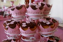 Princess and the Queen {babyshower} / Princess themed baby shower ideas for a mom-to-be with a baby girl on the way