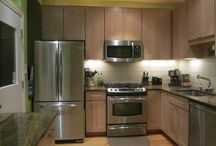 Small Kitchen / by Dawn Avery