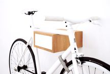 TÎAN – Oak & white / TÎAN is the perfect combination of function and design. Whether single speed, retro race bike, or custom made – TÎAN shows off your bike to its best advantage. MIKILI – Bicycle Furniture: Made with ♥ in Berlin www.mikili.de