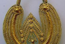 Traditional jewels