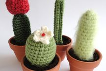 crochet flowers, veggies and other edibles / by Christina
