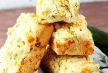 Cheese Garlic Zucchini Bread