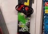Gebruikte Snowboard sets te koop / Hou dit bord in de gaten als je op zoek bent naar een gebruikte snowboard set. Al onze gebruikte sets posten we hier.