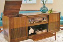 Record console cabinet