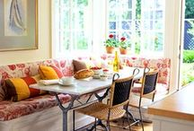 kitchen Bench Seating / by Jenell Puett
