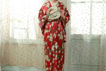 Yukata Kimono Robe / The kimono (着物, きもの), a full-length robe, is a Japanese traditional garment. Kimono are worn by women in important festival or on special occasions, it is a very formal clothing, representing politeness.