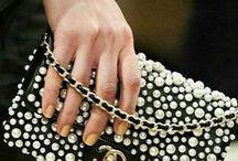 Borse - Bags / Non importa che sia una pochette, una clutch o un secchiello, borchiata, perlata o con gli strass…l'importante è che sia una bella borsa.