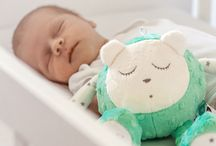 myHummy White Noise Toy / White noise has been shown to help babies sleep. With smart Sleep Sensor and non-stop mode, myHummy is the one and only white noise toy you need.