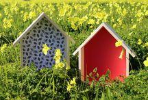 KILIART-CASA DE MADERAS-WOOD HOUSE / Decoradas con diferentes fondos y sistema de colgado para que puedas adornar tus paredes.