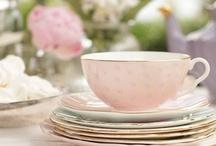 I Need to Learn to Like Tea... / by Jenna Luciani
