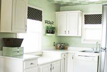 Kitchen Ideas / by Beth Gariepy Zumwalt