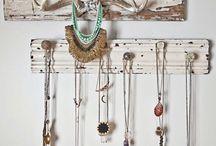 -Displaying Jewelry DIY Idea-