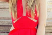 That RED dress / by Margarita Marques
