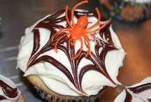 Halloween Cupcakes / by Jasmine