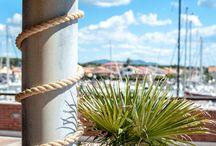 Barche e ormeggi / il Porto della Maremma accoglie imbarcazioni fino a 24 metri e offre ai diportisti tutta la tranquillità e la discrezione di una struttura ideata per soddisfare le esigenze di un turismo nautico di livello. #portodellamaremma