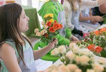 Belajar merangkai bunga